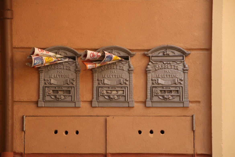 mailbox-938815_1920